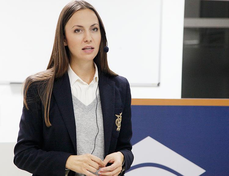 Ева Паунова ЕК
