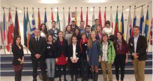 Ева Паунова посрещна в Брюксел студенти от Американския университет в България