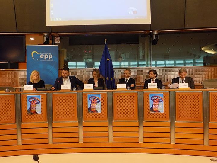 Андрей Новаков ГЕРБ/ЕНП по време на публично изслушване в Европейския парламент за подобряване на кохезионната политика и работата на европейските фондове в ЕС, на което той бе модератор.
